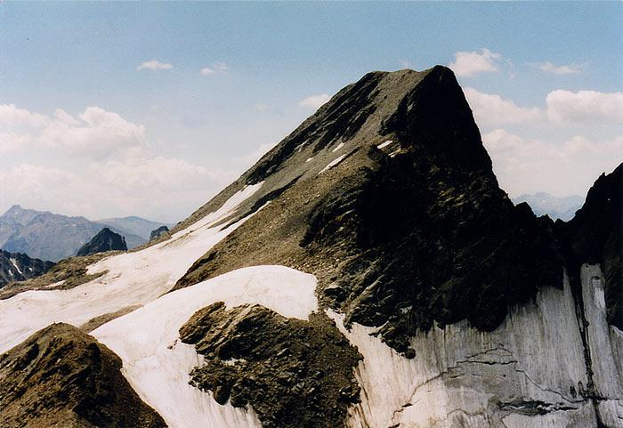 Foto: vince 51 / Wander Tour / Glockturm (3353m) / Glockturm von der Riffelkarspitze 3219m / 06.06.2007 20:37:08