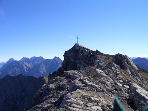 Foto: vince 51 / Wander Tour / Grubigstein - Gartner Wand / Gartnerwandgipfel von Westen / 25.01.2007 22:58:23