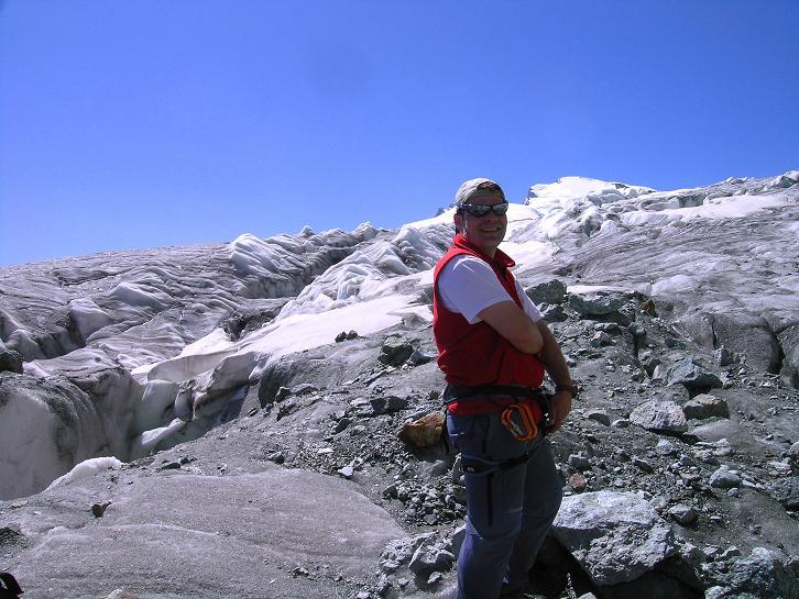 Foto: Andreas Koller / Wandertour / Vom Felskinn über die Britannia Hütte auf das Strahlhorn (4190 m) / Am Allalingletscher / 10.08.2007 16:24:47