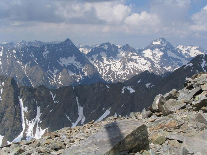 Foto: Andreas Koller / Wandertour / Preber und Golzhöhe (2740 m) / Blick von Preber-Gipfel nach NW / 09.05.2007 17:15:54