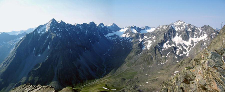 Foto: vince 51 / Wandertour / Vom Westfalenhaus auf die Schöntalspitze / Panorama Süd / 06.06.2007 21:42:12