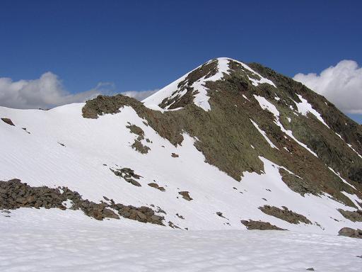 Foto: Andreas Koller / Wander Tour / Aachener Höhenweg und Atemkogel (3010 m) / Der Atemkogel mit Anstiegsgrat / 10.05.2007 17:31:24