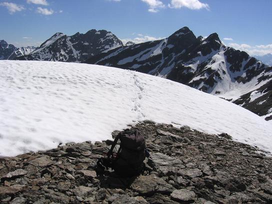 Foto: Andreas Koller / Wander Tour / Aachener Höhenweg und Atemkogel (3010 m) / Die letzten Anstiegsmeter / 10.05.2007 17:33:18