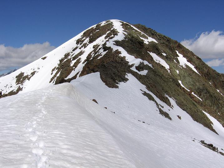 Foto: Andreas Koller / Wander Tour / Aachener Höhenweg und Atemkogel (3010 m) / Atemkogel W-Grat / 10.05.2007 17:35:06