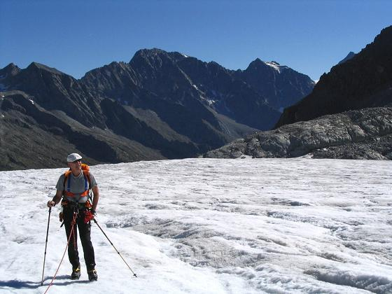 Foto: Andreas Koller / Wandertour / Cresta Croce und Cannone 149 (3330 m) / Am Ghiacciaio del Adamello  / 15.05.2007 23:36:34
