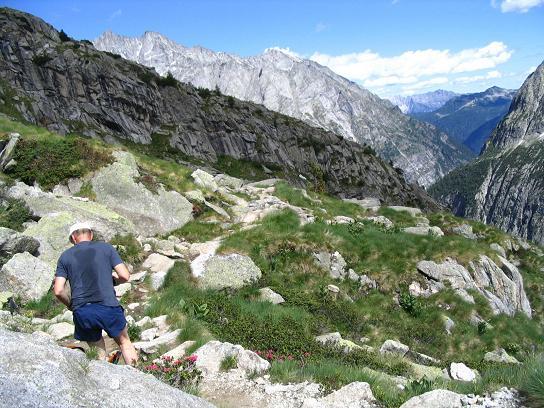 Foto: Andreas Koller / Wandertour / Cresta Croce und Cannone 149 (3330 m) / Im oberen Val Genova / 15.05.2007 23:40:42