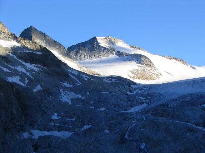 Foto: Andreas Koller / Wandertour / Cresta Croce und Cannone 149 (3330 m) / Cresta Croce im Morgenlicht / 15.05.2007 23:38:02
