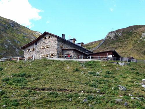 Foto: vince 51 / Wandertour / Von der Amberger Hütte auf die Kuhscheibe / Amberger Hütte / 02.05.2007 21:27:25