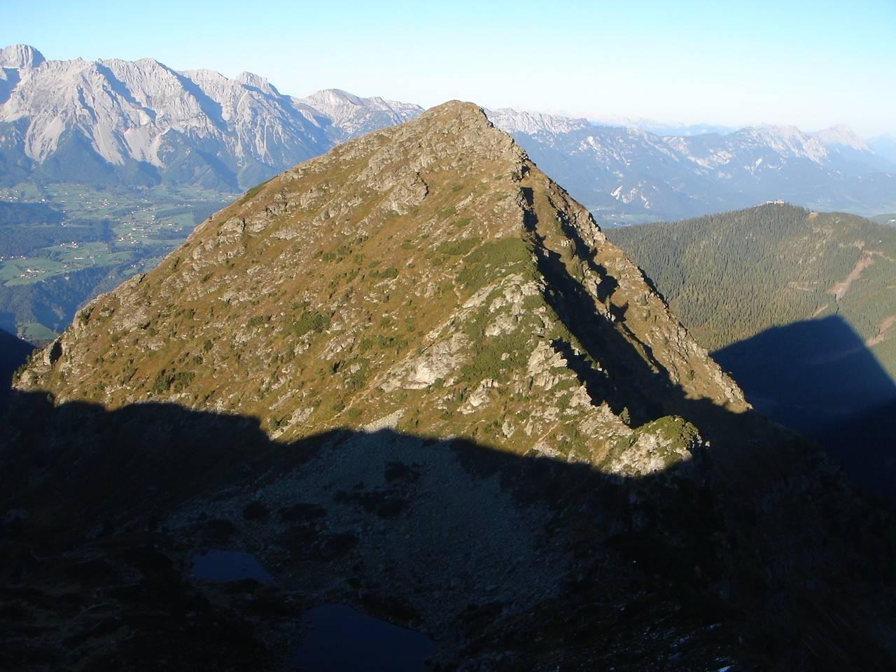 Foto: Manfred Karl / Wander Tour / Gipfelrunde von der Reiteralm auf den Schober (2133m) / Schober mit dem Normalanstieg / 19.06.2007 05:59:42