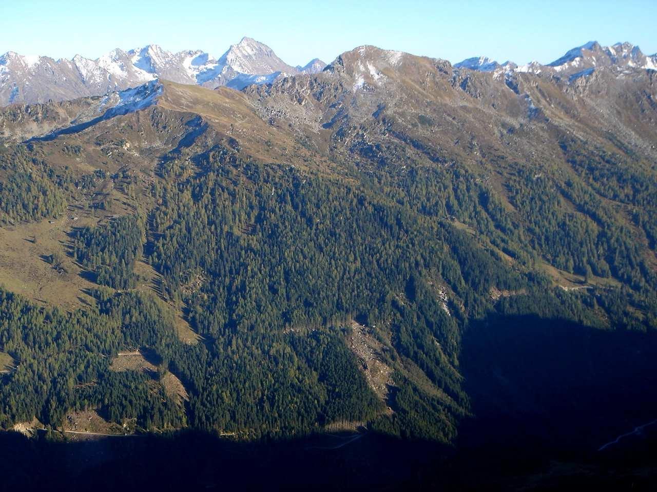 Foto: Manfred Karl / Wander Tour / Gipfelrunde von der Reiteralm auf den Schober (2133m) / Blickrichtung Hochgolling / 19.06.2007 05:57:33