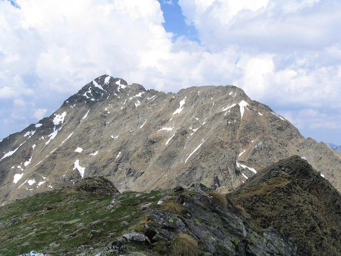 Foto: Andreas Koller / Wander Tour / Vom Prebersee auf das Roteck (2742 m) / Das Roteck von S / 09.05.2007 17:22:11