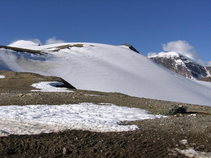 Foto: Andreas Koller / Wandertour / Oberwalderhütte und Überschreitung des Mittleren Bärenkopfes (3358 m) / Die Bärenköpfe / 28.05.2007 23:51:37