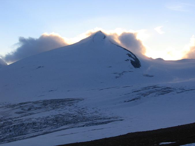 Foto: Andreas Koller / Wandertour / Oberwalderhütte und Überschreitung des Mittleren Bärenkopfes (3358 m) / Der Johannisberg (3463 m) / 28.05.2007 23:51:00