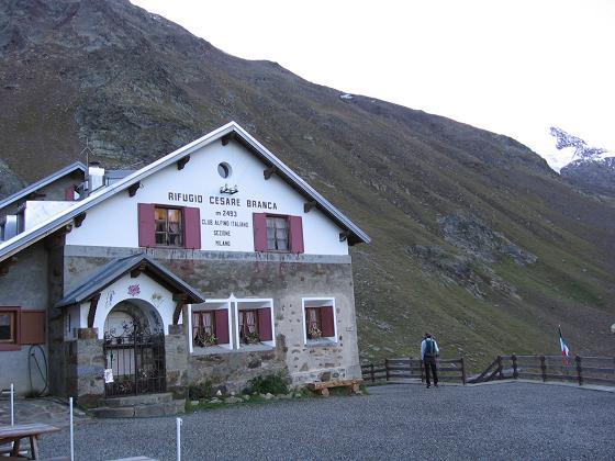Foto: Andreas Koller / Wander Tour / Aus dem Fornokessel auf den Palon de la Mare (3703 m) / Rif. Branca / 28.05.2007 11:14:39