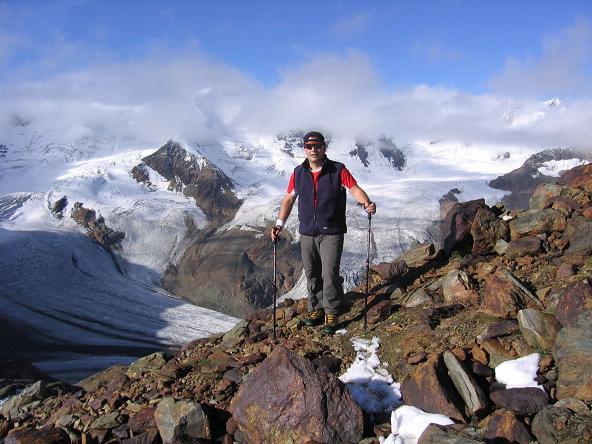 Foto: Andreas Koller / Wander Tour / Aus dem Fornokessel auf den Palon de la Mare (3703 m) / Hoch über dem Forno-Becken / 28.05.2007 11:13:19