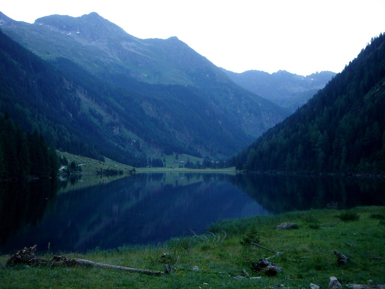 Foto: Manfred Karl / Wander Tour / Hochwildstelle-Überschreitung / Riesachsee / 15.06.2007 22:41:16