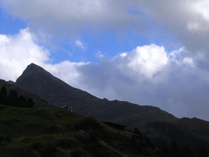 Foto: Andreas Koller / Wander Tour / Familienwanderung hoch über Obergurgl (2653 m) / Blick über die Hohe Mut zum Hangerer (3021 m) / 29.08.2007 23:41:17