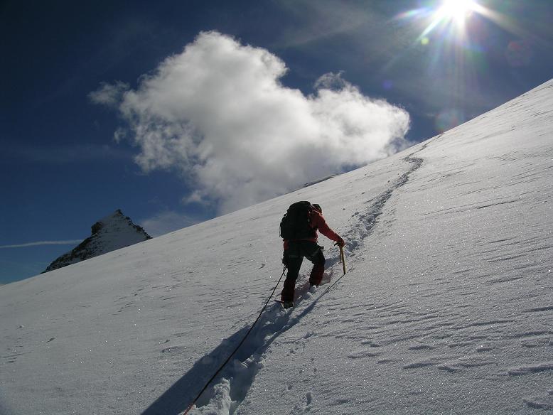 Foto: Andreas Koller / Wandertour / Über die Nordflanke auf den Großen Bärenkopf (3406 m) / Steile N-Flanke auf den Großen Bärenkopf  / 02.06.2007 01:07:45