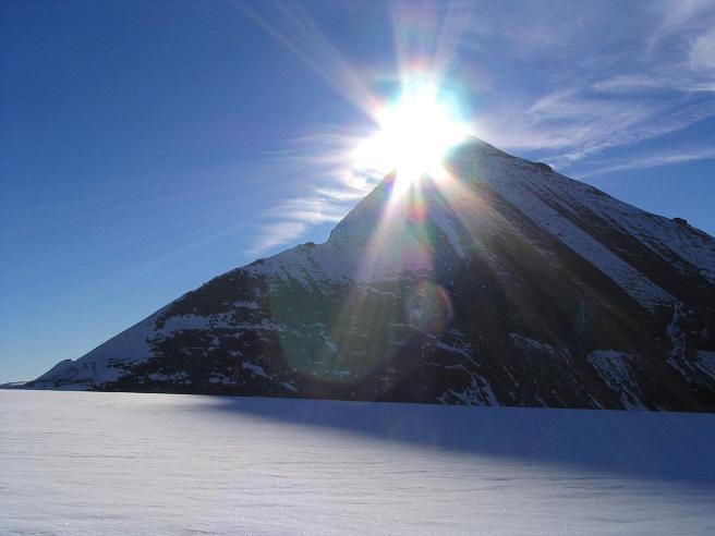 Foto: Andreas Koller / Wandertour / Über die Nordflanke auf den Großen Bärenkopf (3406 m) / Der Fuscherkarkopf (3331 m) / 02.06.2007 01:01:18