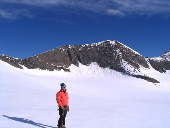 Foto: Andreas Koller / Wandertour / Über die Nordflanke auf den Großen Bärenkopf (3406 m) / Am Nördlichen Bockkarkees gegen Großen Bärenkopf / 02.06.2007 01:03:22
