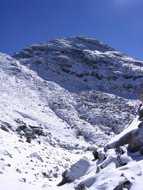 Foto: Andreas Koller / Wandertour / Von der Rottenmanner Hütte über den Dreisteckengrat zur Edelraute Hütte (2448 m) / Die Hochhaide aus dem Kar unterhalb des Gipfelaufbaus / 03.06.2007 20:41:12