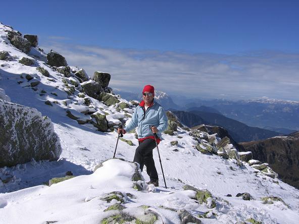 Foto: Andreas Koller / Wandertour / Von der Rottenmanner Hütte über den Dreisteckengrat zur Edelraute Hütte (2448 m) / Im Kar unterhalb des Gipfels / 03.06.2007 20:41:28