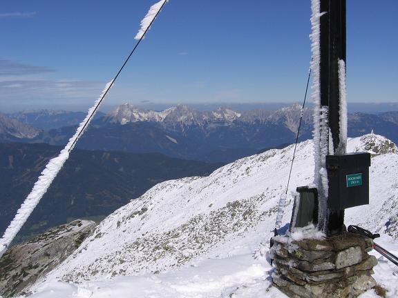 Foto: Andreas Koller / Wandertour / Von der Rottenmanner Hütte über den Dreisteckengrat zur Edelraute Hütte (2448 m) / Am Hochhaide-Gipfel / 03.06.2007 20:41:41
