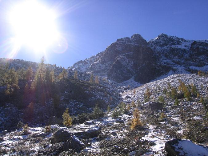 Foto: Andreas Koller / Wandertour / Von der Rottenmanner Hütte über den Dreisteckengrat zur Edelraute Hütte (2448 m) / Moserspitze (2230 m) im Aufstieg / 03.06.2007 20:36:30