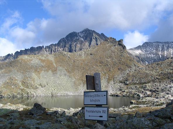 Foto: Andreas Koller / Wander Tour / Aus dem Lungau zum Klafferkessel und auf den Greifenberg (2618 m) / Klaffersee mit Waldhorn (2702 m) / 04.06.2007 23:23:19