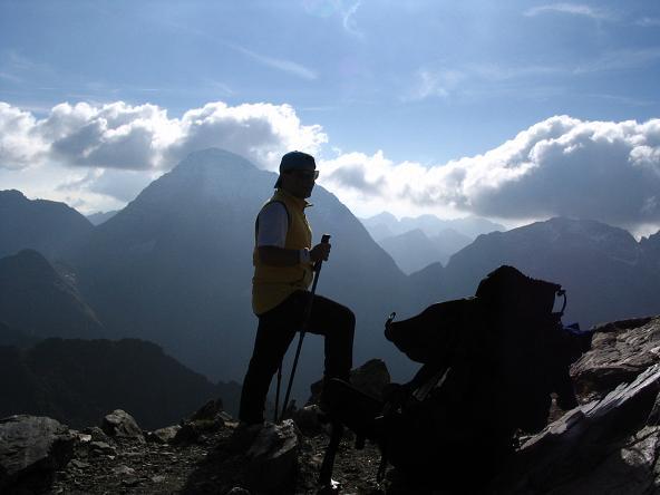 Foto: Andreas Koller / Wander Tour / Aus dem Lungau zum Klafferkessel und auf den Greifenberg (2618 m) / Rast am Greifenberg / 04.06.2007 23:21:57