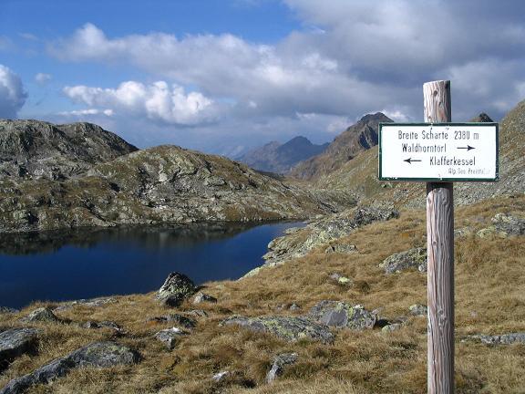 Foto: Andreas Koller / Wander Tour / Aus dem Lungau zum Klafferkessel und auf den Greifenberg (2618 m) / Breite Scharte und Klaffersee / 04.06.2007 23:24:09