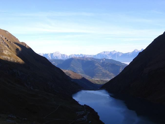 Foto: Andreas Koller / Wander Tour / Über den Sedlgrat auf den Kleinen- und Großen Grießkogel (3066 m) / Blick vom Mooserboden in das Zeller Becken / 08.06.2007 20:41:07