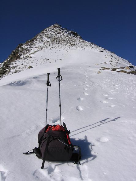 Foto: Andreas Koller / Wander Tour / Über den Sedlgrat auf den Kleinen- und Großen Grießkogel (3066 m) / Gipfelflanke auf den Großen Grießkogel / 08.06.2007 20:44:58