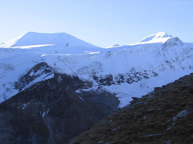 Foto: Andreas Koller / Wander Tour / Über den Sedlgrat auf den Kleinen- und Großen Grießkogel (3066 m) / Großer und Mittlerer Bärenkopf (3406 m und 3356 m) / 08.06.2007 20:41:56
