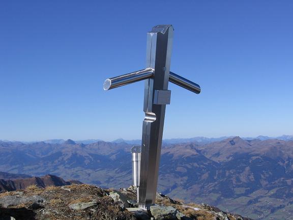 Foto: Andreas Koller / Wander Tour / Alexander-Enzinger-Weg und Tristkogel (2642 m) / Tristkogel-Gipfelkreuz / 02.06.2007 10:42:47