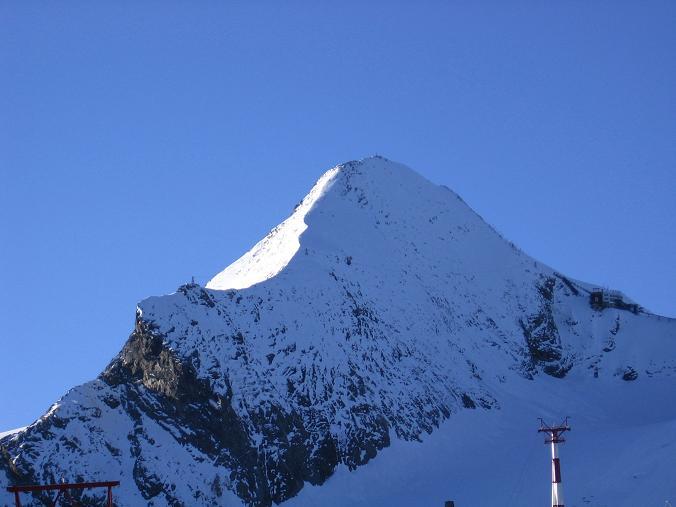 Foto: Andreas Koller / Wander Tour / Alexander-Enzinger-Weg und Tristkogel (2642 m) / Das Kitzsteinhorn (3203 m) / 02.06.2007 10:37:09