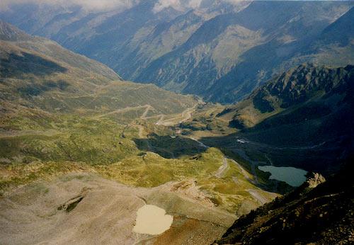 Foto: vince 51 / Wander Tour / Vom Kaunertaler Gletscherskigebiet auf den Wiesjagglkopf (3127m) / Gletscherstrasse und Weisssee / 28.05.2007 21:05:30