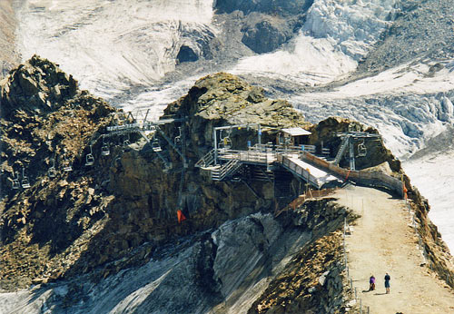 Foto: vince 51 / Wander Tour / Vom Kaunertaler Gletscherskigebiet auf den Wiesjagglkopf (3127m) / Wiesjaggl-Sessellift / 28.05.2007 21:04:17