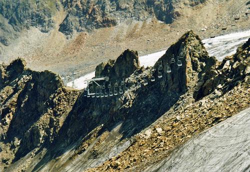 Foto: vince 51 / Wander Tour / Vom Kaunertaler Gletscherskigebiet auf den Wiesjagglkopf (3127m) / Wiesjaggl-Sessellift / 28.05.2007 21:04:06