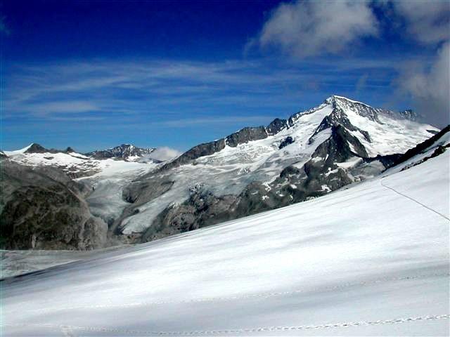 Foto: Berghase / Wander Tour / In 5 Tagen durch die Venedigergruppe und die Östlichen Zillertaler Alpen / Blick zum Großvenediger vom Obersulzbachkees / 29.12.2006 11:36:44