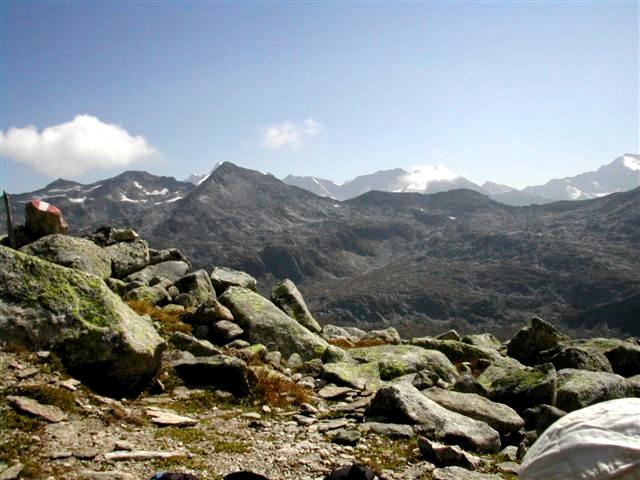 Foto: Berghase / Wander Tour / In 5 Tagen durch die Venedigergruppe und die Östlichen Zillertaler Alpen / Blick vom Zillertaler Plattl / 29.12.2006 11:38:06