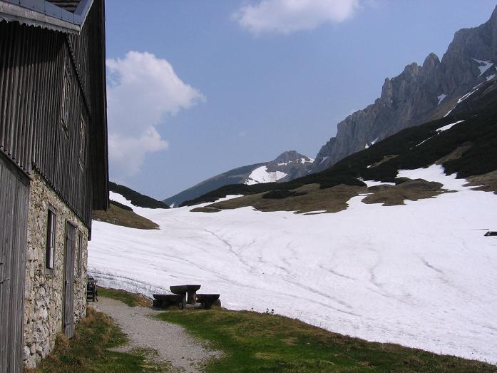 Foto: Andreas Koller / Wander Tour / Durch die Fölzklamm auf Fölzstein und Fölzkogel (2023m) / Auf der Fölzalm / 22.04.2007 21:13:32