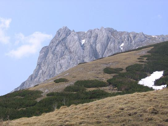 Foto: Andreas Koller / Wander Tour / Durch die Fölzklamm auf Fölzstein und Fölzkogel (2023m) / Blick von der Fölzalm auf den Fölzstein / 22.04.2007 21:14:54