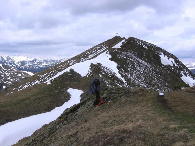 Foto: Andreas Koller / Wander Tour / Lattersteig und sechs Gipfel (2320 m) / Übergang vom Schoberriegel zum Gruft / 22.04.2007 22:14:40