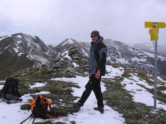 Foto: Andreas Koller / Wander Tour / Lattersteig und sechs Gipfel (2320 m) / Von der Lattersteighöhe hat man gute Einblicke in den Lattersteig / 22.04.2007 22:16:01