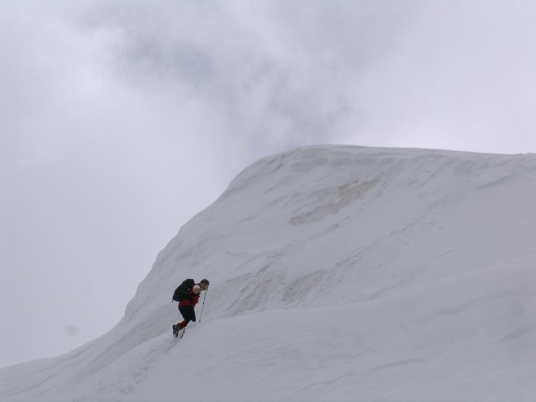 Foto: Andreas Koller / Wander Tour / Durch das Seetal ins Herz des Hochschwabs (2277 m) / Wächte zum Gipfelplateau / 22.04.2007 22:38:23