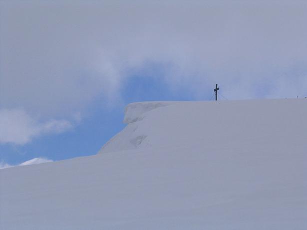 Foto: Andreas Koller / Wandertour / Durch das Seetal ins Herz des Hochschwabs (2277 m) / Einsames Gipfelkreuz am Hochschwab / 22.04.2007 22:38:40