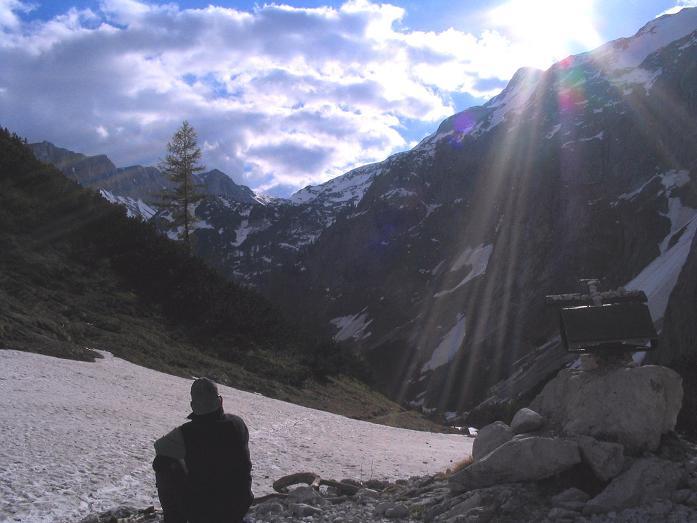 Foto: Andreas Koller / Wandertour / Durch das Seetal ins Herz des Hochschwabs (2277 m) / Beim Franzosenkreuz / 22.04.2007 22:40:24