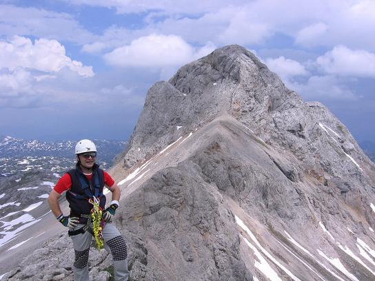 Foto: Andreas Koller / Wandertour / Die Eselstein - Runde (2667 m) / Am Ramsauer Klettersteig Ost mit Eselstein im Hintergrund / 23.04.2007 14:08:22