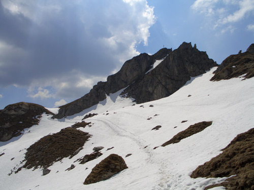 Foto: vince 51 / Wander Tour / Vom Neunerkopf zur Landsberger Hütte / Schochenspitze / 30.04.2007 22:07:25
